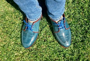 zapatos azules mezclilla